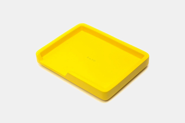 Base Object 004 Valet Tray