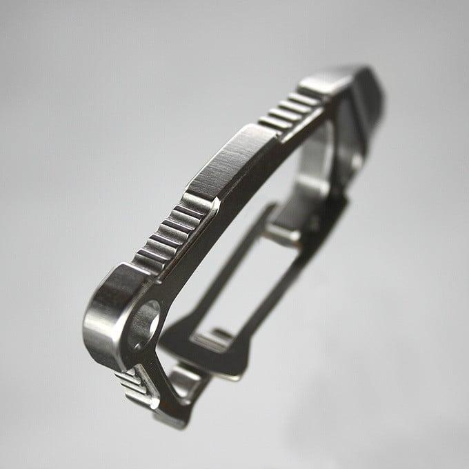 Halo Carabiner Jimping