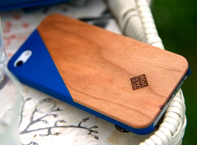 Native Union Clic Wooden iPhone Cases