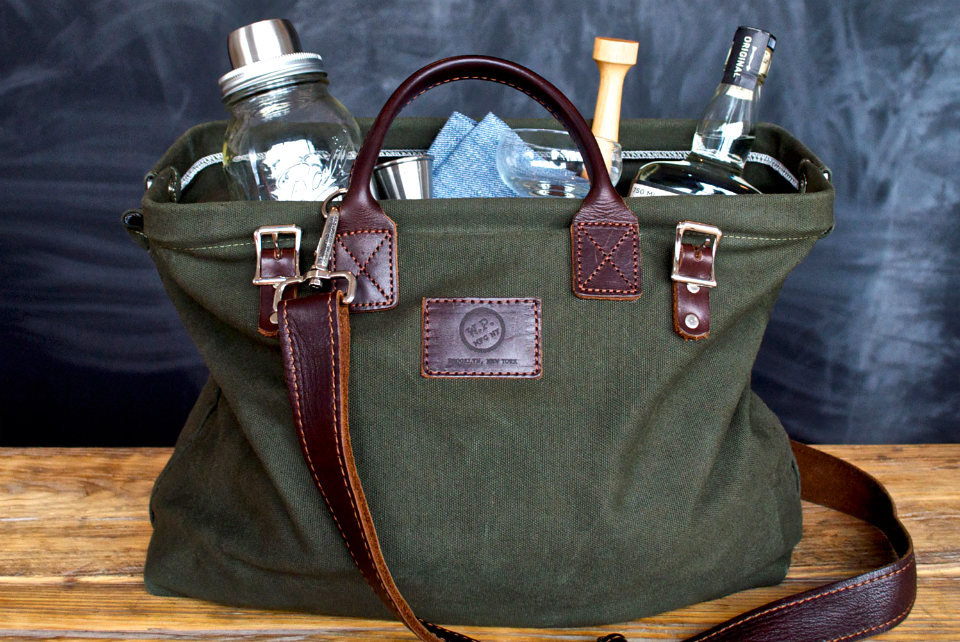 W&P Cocktail Kit With Forest Tote