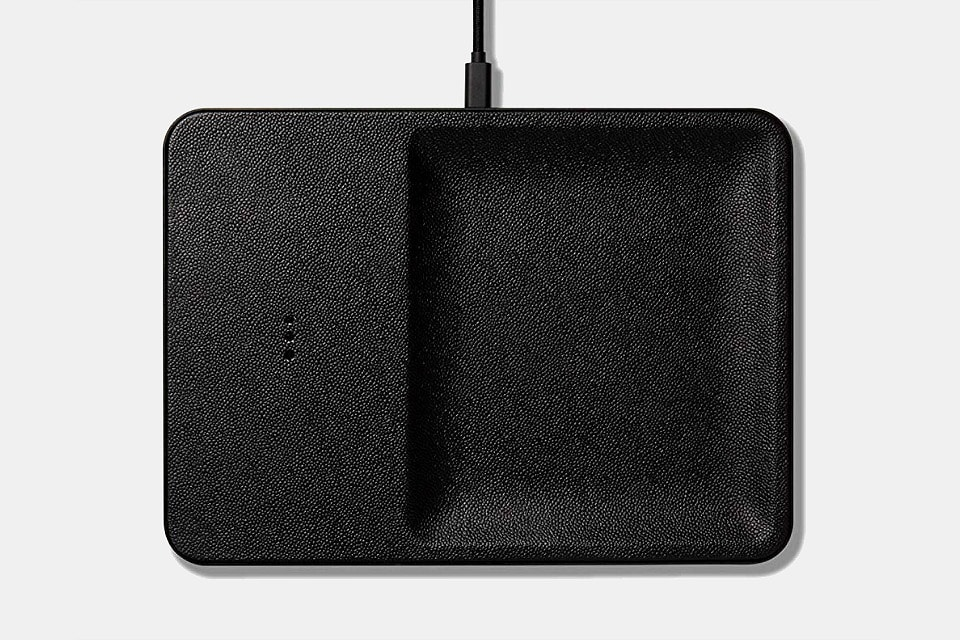 Courant Wireless Charging Tray