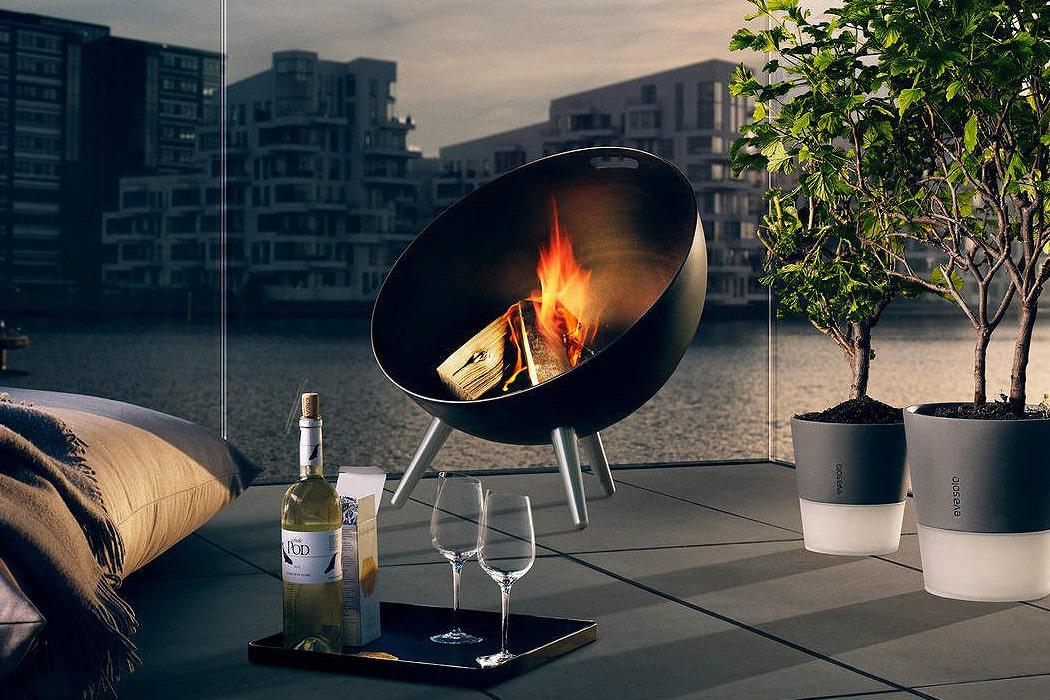 EvaSolo FireGlobe Outdoor Fireplace