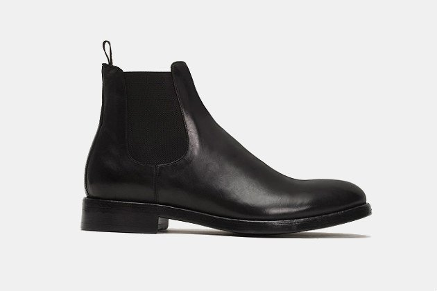 Frye Chase Chelsea Boots