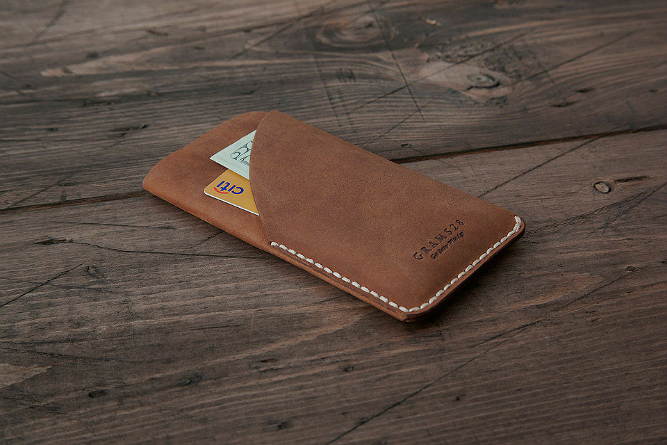 Grams28 Leather iPhone 6 Sleeve
