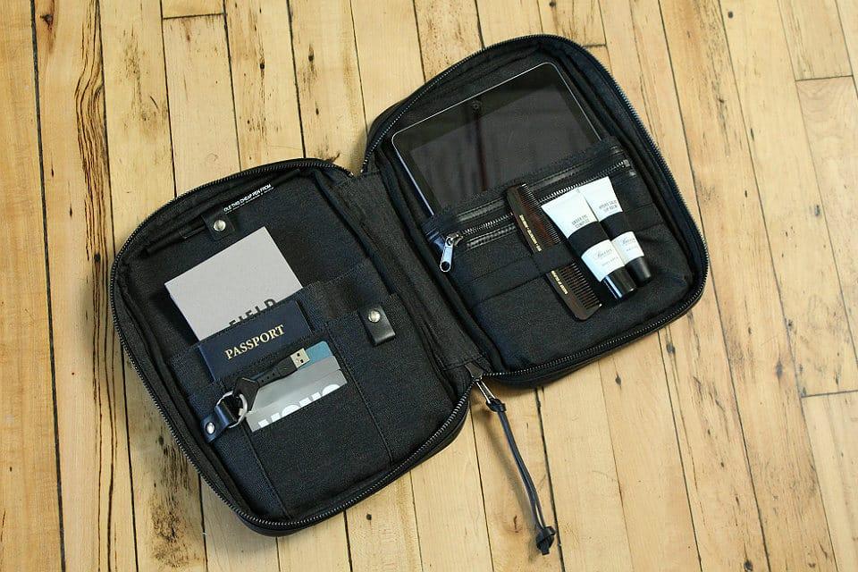 Grayers x Baxter of California Tech Travel Kit