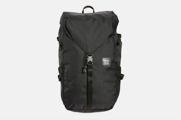Herschel Supply Barlow Trail Large Backpack
