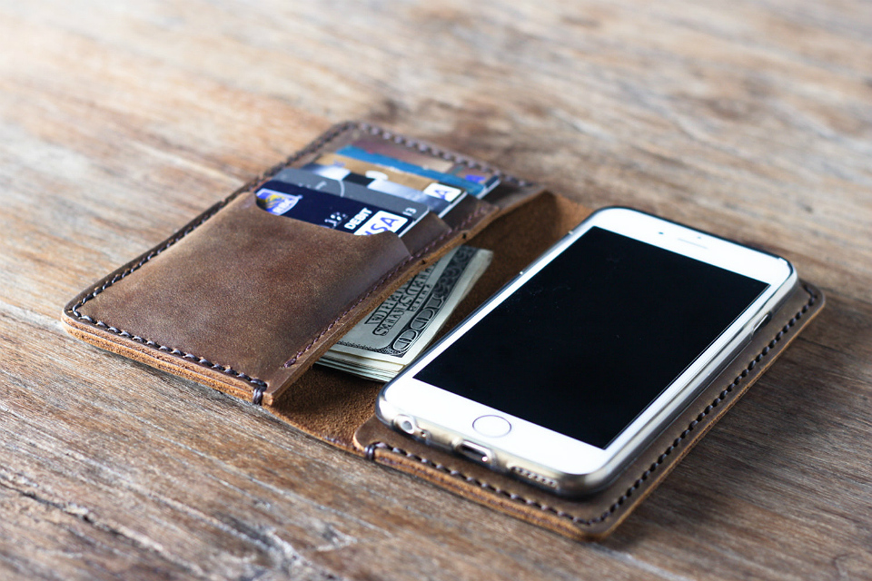 brand new 7e1ae 76121 Leather iPhone 6 Wallet Case | GearMoose