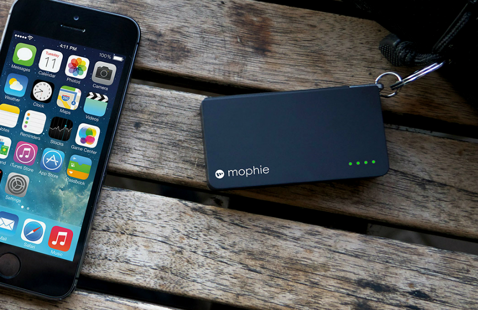 the latest f27d8 cefa4 Mophie Power Reserve With Lightning Connector