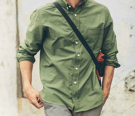 Taylor Stitch Everyday Oxford in Army