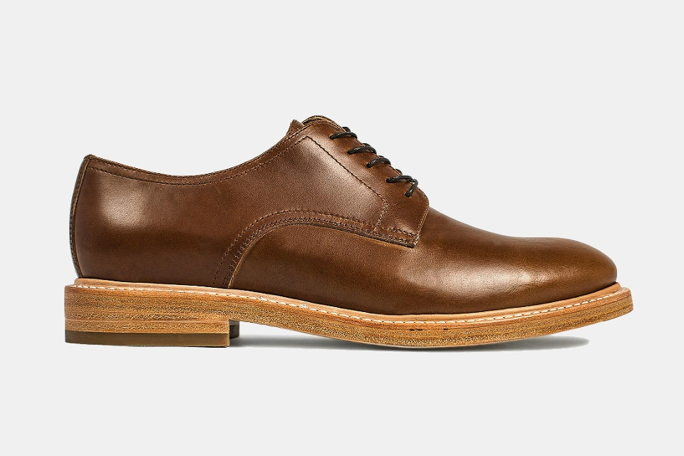 Taylor Stitch Oxford in Whiskey