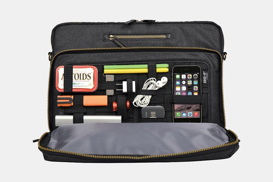 Urban Adventure Messenger Bag