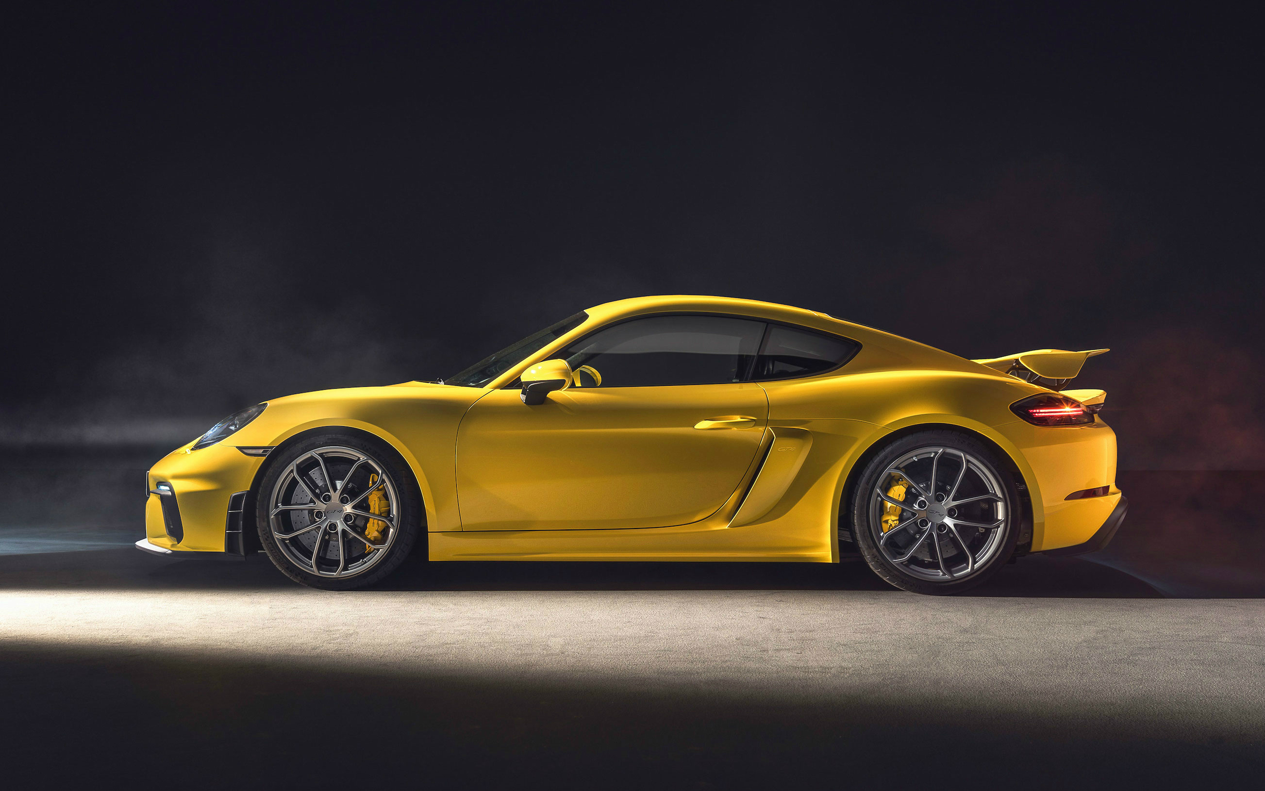 The New Porsche 718 Cayman GT4