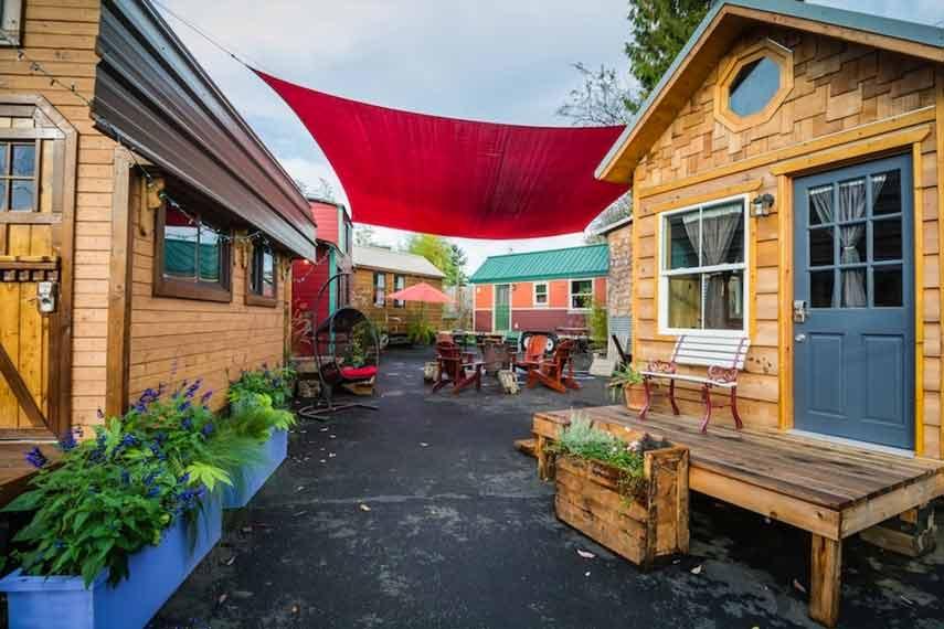 Caravan Tiny House Hotel