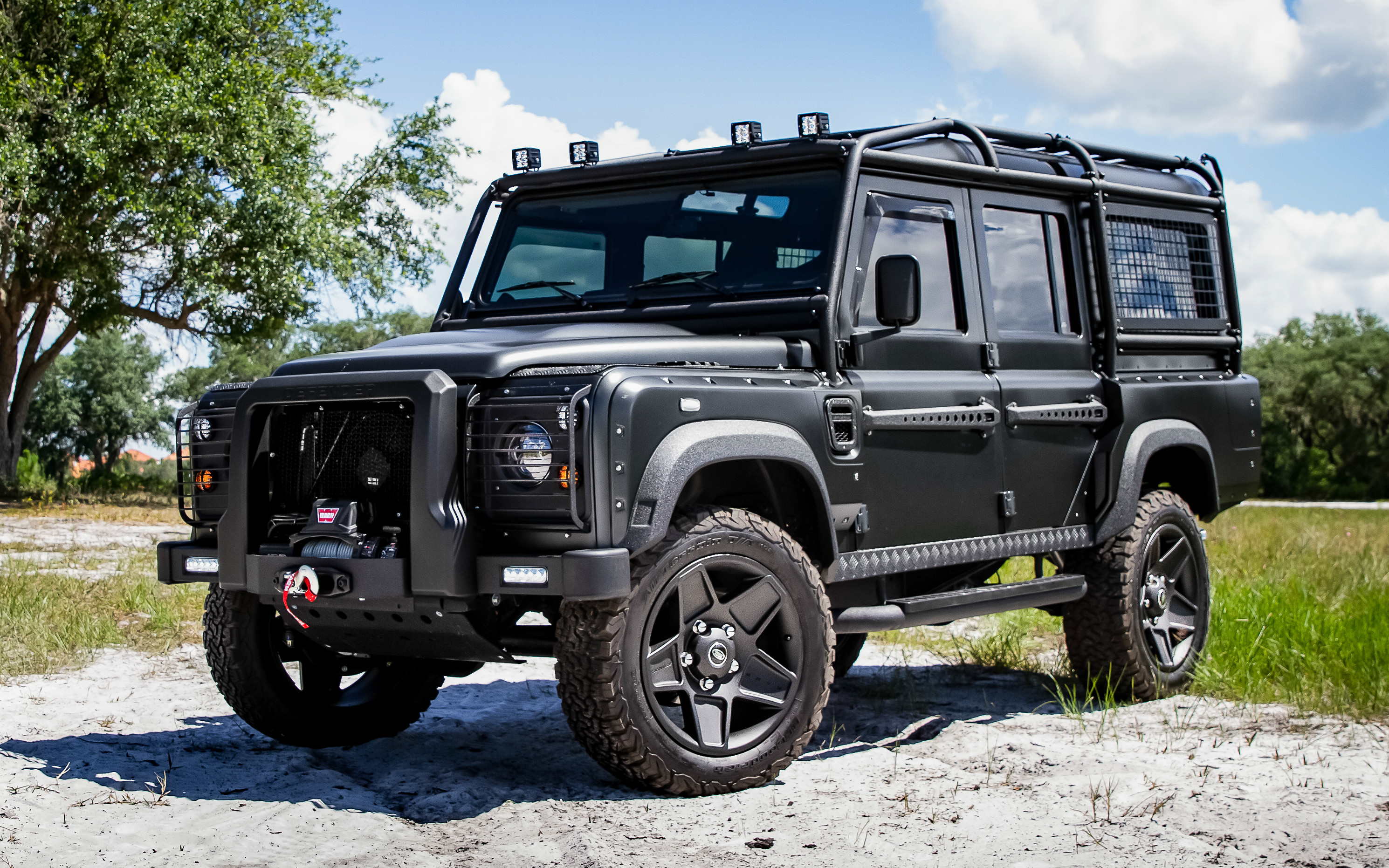 ECD Land Rover Defender Project Neo