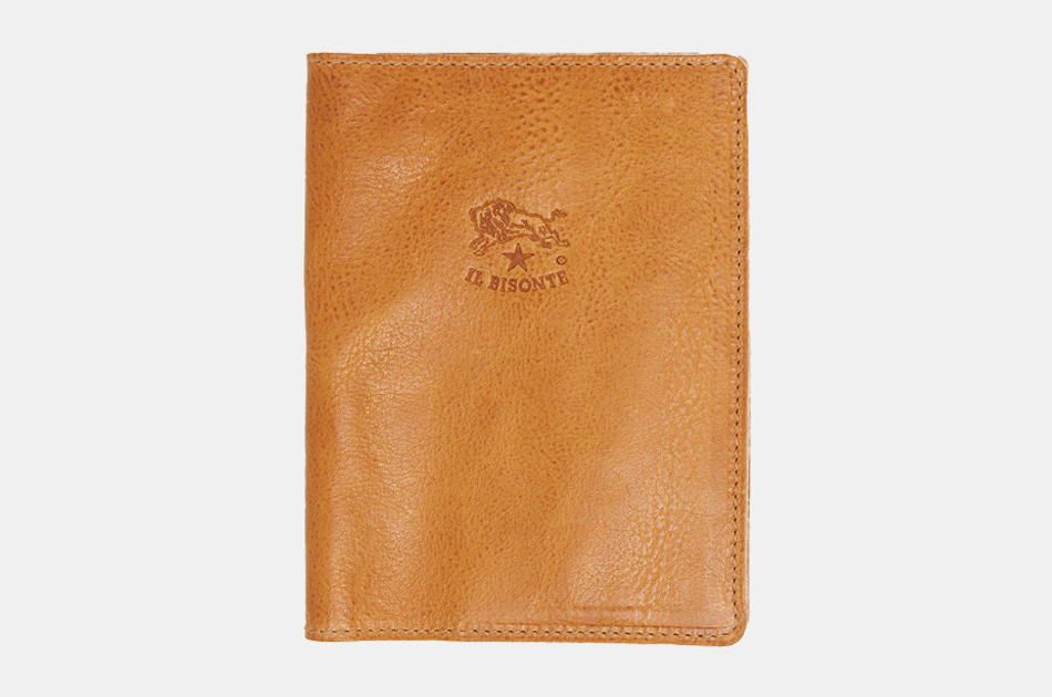 IL Bisonte Cowhide Passport Case