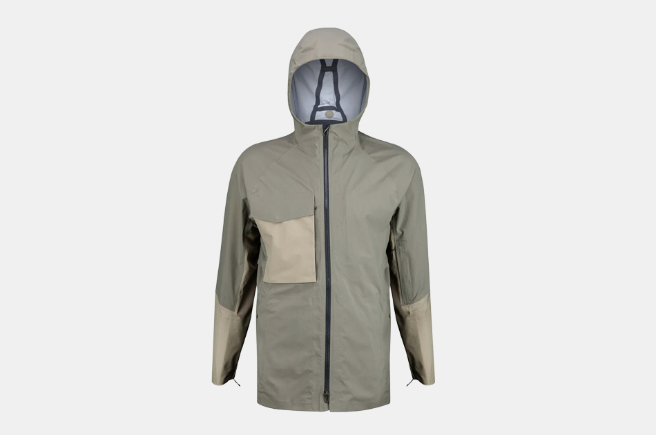 Lululemon Escape and Explore Rain Jacket