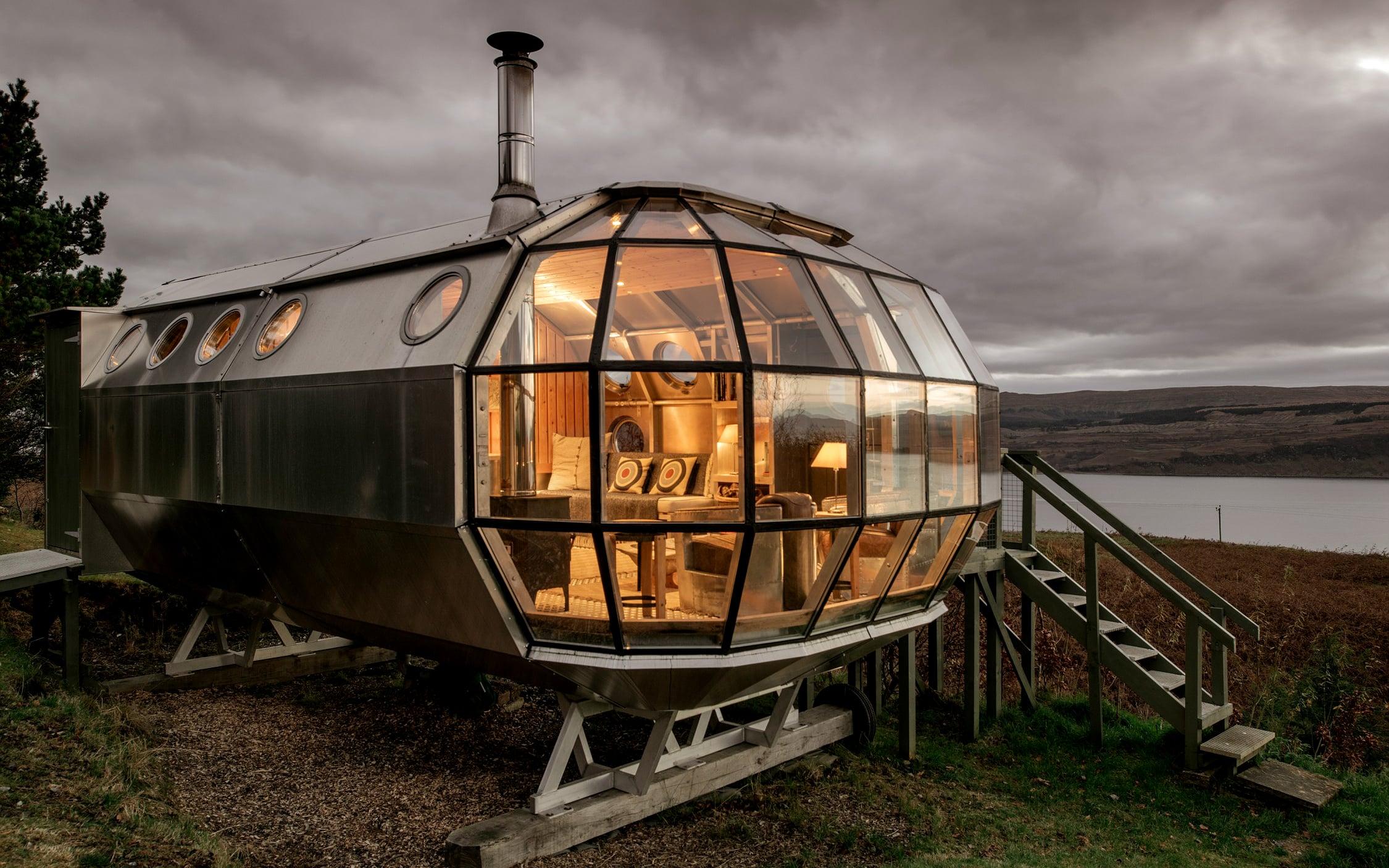 Airbnb Airship002 Aluminum Pod