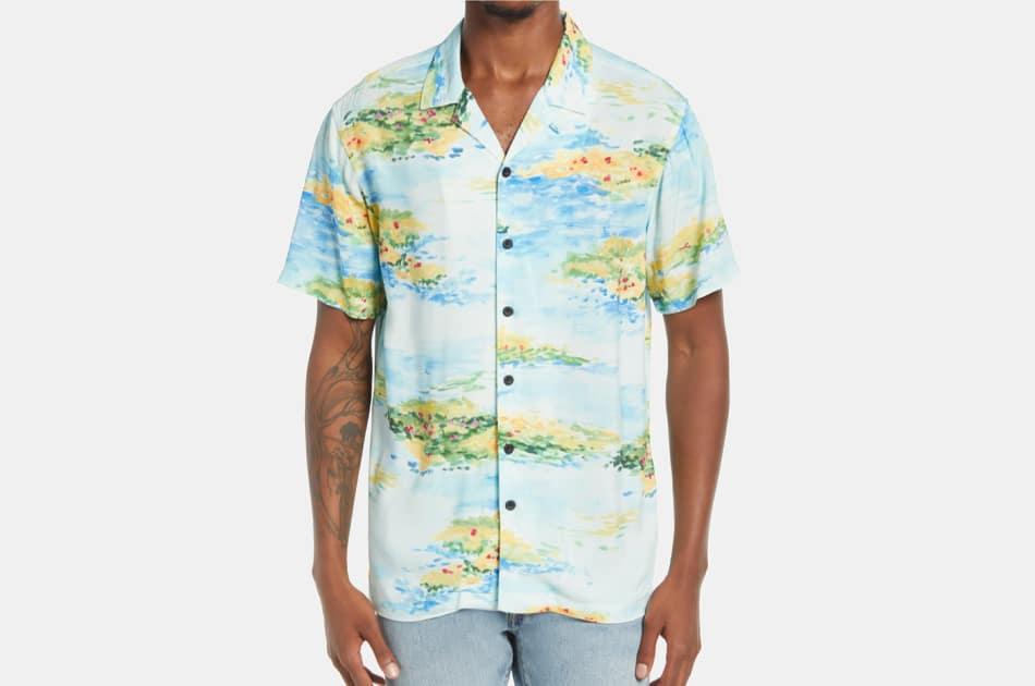 PacSun Garden Hawaii Short Sleeve Button-Up Camp Shirt