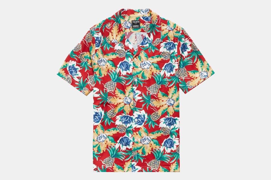 Todd Snyder Italian Camp Collar Short Sleeve Shirt in Hawaiian Print