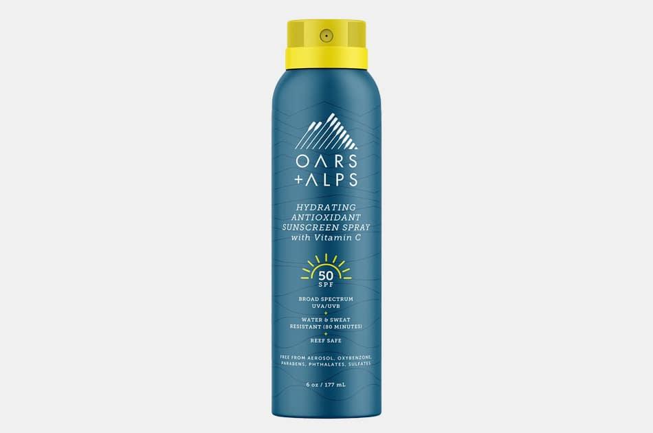 Oars + Alps Hydrating Antioxidant SPF 50 Spray