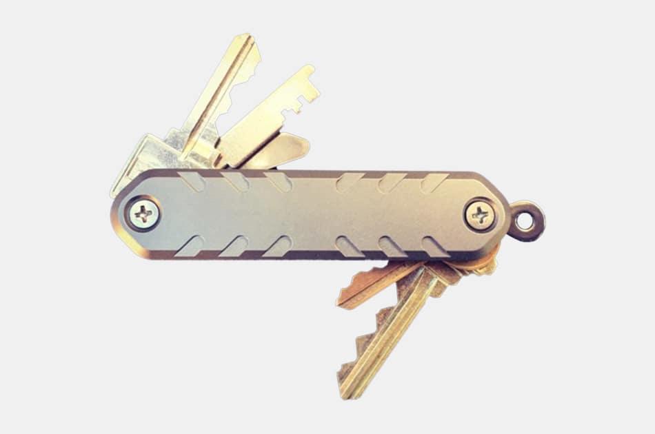 Superior Titanium Key-Armor Minimalist Key Organizer