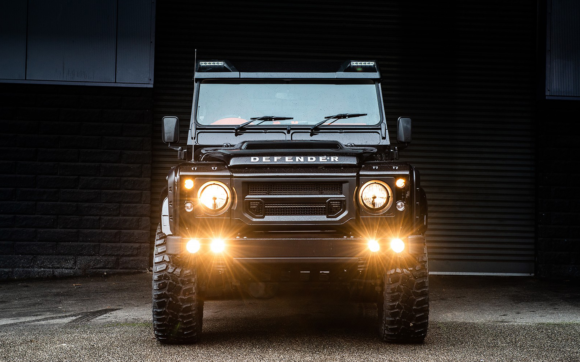 2016 Chelsea Truck Co. Land Rover Defender 110