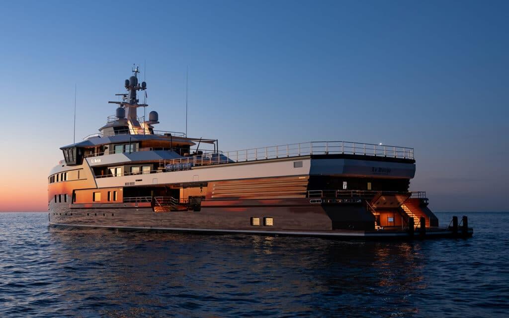 Damen Yachting SeaXplorer 105