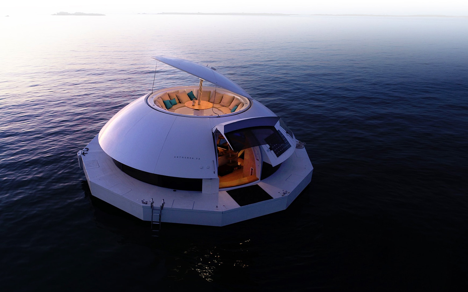 Smart Floating Space