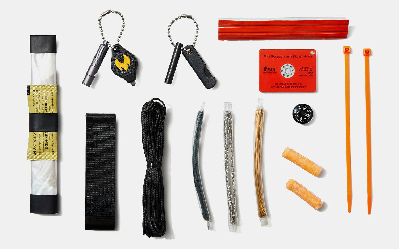 Wazoo Adventure Survival Kit